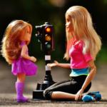 Barbie-nie-lubię-się-bawić-z-córką-lalakami