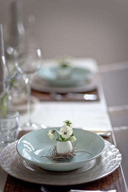 wielkanocne-dekoracje-stołów